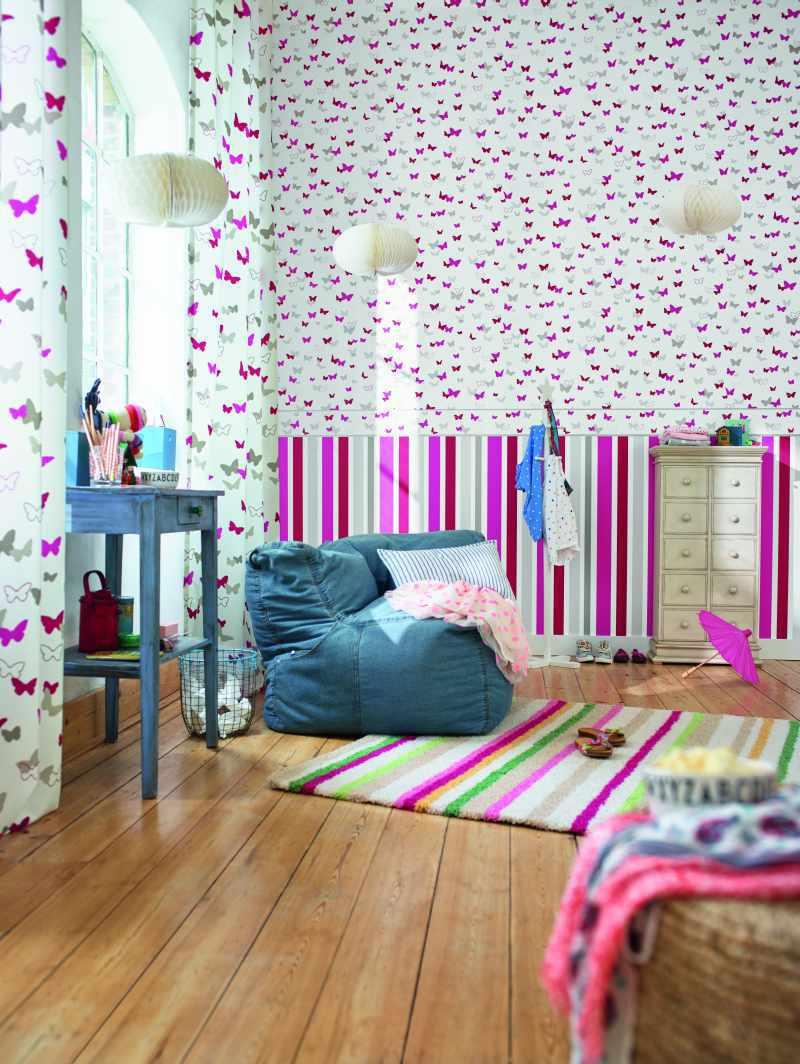 d35da5e86 Dětské tapety s motýlky a pruhy z katalogu Esprit Kids 5 ...